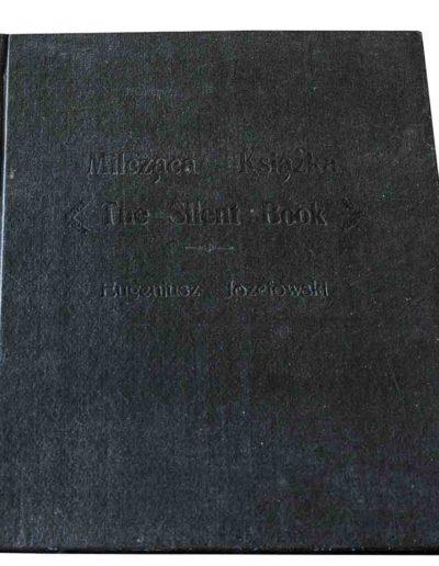 1983 Eugeniusz Józefowski, Milcząca książka, książka szyta po chińsku, linoryty odbite na bibule japońskiej, format 30,5 x 38,5 x 0,8 cm 09