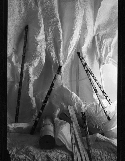 1988 Eugeniusz Józefowski, Aranżacje z listewkami, Instalacje osobiste, fotografia na negatywach 10 x 15 cm 09