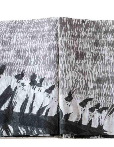 1999 Eugeniusz Józefowski, Energie interaktywne, książka harmonijkowa na papierze ryżowym, 35 stron format 28 x 36,5 x 1,5 cm 12