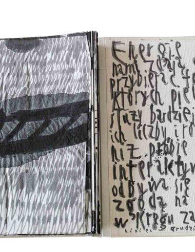 1999 Eugeniusz Józefowski, Energie interaktywne, książka harmonijkowa na papierze ryżowym, 35 stron format 28 x 36,5 x 1,5 cm 18