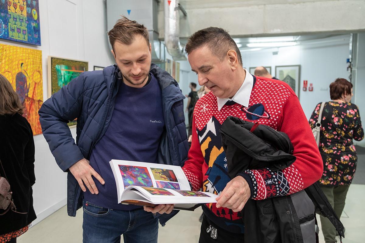 WERNISAŻ WYSTAWY W GALERII NEON fot Michał Pietrzak 17